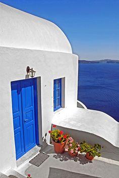 Oia, Santorini Greece