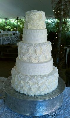 Scripture on the side of the cake! so beautiful! Black And White Wedding Cake, August Wedding, Red Black, Cake Ideas, Wedding Cakes, Wedding Ideas, Desserts, Beautiful, Wedding Gown Cakes