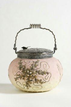 Bagley/sowerby/davidson Generous Vintage Square Textured Davidsons Luna Vase