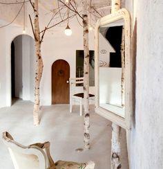 Onico Salon designed by Japanese architect Ryo Isobe.