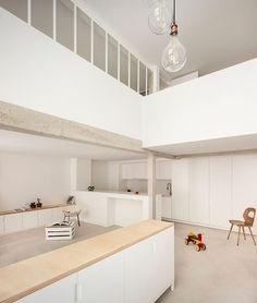 ECHELLE OFFICE, Maxime Jansens architecte · M HOUSE