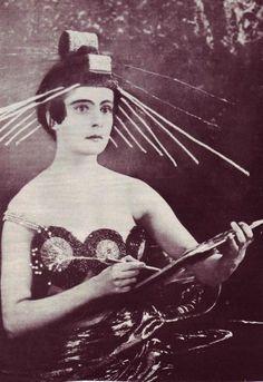 """Ioulia Solntseva - """"Aelita: Queen of Mars"""" (1924) -  Costume designer : Aleksandra Ekster."""