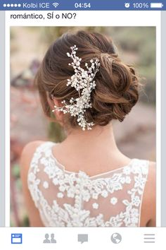 Wedding Hairstyles : wedding updo hairstyle with pearl hair accessories - ListFender Hairdo Wedding, Wedding Hair And Makeup, Wedding Beauty, Bridal Beauty, Dress Wedding, Wedding Bride, Bride Hairstyles, Winter Wedding Hairstyles, Hairstyles Videos