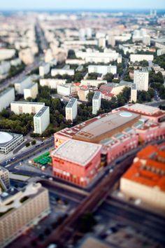 Cities in miniature: tilt-shift photography