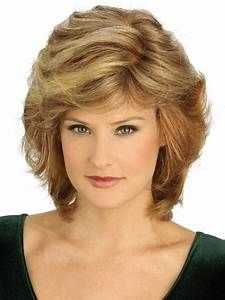20 Hottest Short Hairstyles for Older Women - PoPular Haircuts