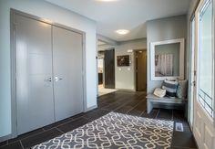 #colbray#colbrayhomes#homebuilder#customhomebuilder#luxury#albertahomebuilder#albertacustomhomebuilder#showhome#albertashowhome#Blackfaldsshowhome#centralalbertashowhome#centralalbertabuilder#mainentreance#foyer Foyer Design, Red Deer, Custom Built Homes, Foyers, Hallways, Building A House, Tile Floor, Entrance, House Ideas