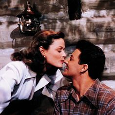 """Gene Tierney and Cornel Wilde in """"Leave her to heaven"""", 1945."""