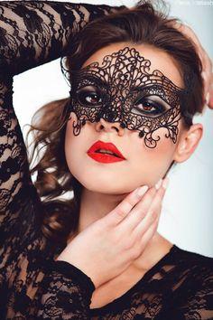 model: justyna napiórkowska, foto: elena matiash