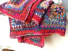 Blanket Afghan plaid granny couverture crochet multicolor de la boutique Pizouboutik sur Etsy
