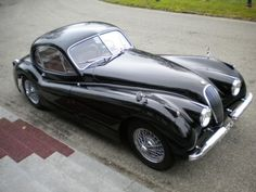 Oooh, another hottie; 1953 Jaguar XK120 FHC SE.