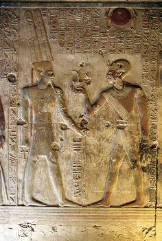 Egipto , Egypt .Templo de Sethi I en Abidos. Abydos , Seti I , Capilla de Amon . Amon's chapel. Chapelle de Amon.    por Soloegipto