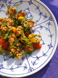 Herzhaftes Crumble mit Bärlauch savoury crumble with wild garlic http://kuechenmamsell.blogspot.de/2015/04/herzhaftes-crumble-mit-barlauch.html