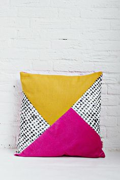 """NEW: This handmade cushion cover is made out of 3 sturdy fabrics in a color combination that gives it it's unique look. Sewn with the colorblock patchwork technique, this pillow cover will be your next decors 'statement piece'. With it's """"geometric meets homy"""" look, you just can't"""