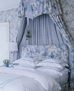 Blue toile bedroom, via thefoodogatemyhomework. Beautiful all light blue bedroom in wall-to-wall toile fabric and wallpaper, classic twist rope embroidered bedding. Blue Rooms, Blue Bedroom, White Rooms, Master Bedroom, Pretty Bedroom, Peaceful Bedroom, Bedroom Colours, Bedroom Bed, Teen Bedroom