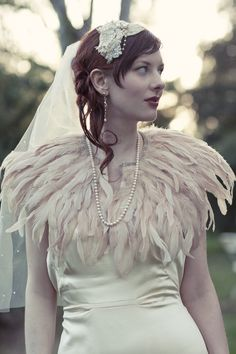 Really beautiful feather cape, bride kind of looks like a piece of work, though. Bridal Gowns, Wedding Gowns, Wedding Outfits, Feather Cape, Quirky Wedding, 1920s Wedding, Capes, Vintage Looks, Vintage Style