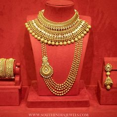 Bridal Jewellery Set From Manubhai Jewellers – Jewelry Indian Bridal Jewelry Sets, Bridal Jewellery, Wedding Jewelry Sets, Wedding Ring, Dream Wedding, Manubhai Jewellers, Gold Jewellery Design, Diamond Jewellery, Amrapali Jewellery