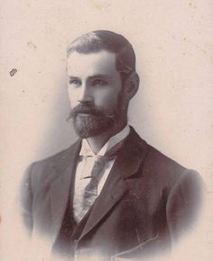 Handsome Victorian Gentleman by Frederick William Edwards of Auckland, New Zealand Antique Photos, Vintage Pictures, Vintage Photographs, Old Pictures, Vintage Images, Old Photos, Vintage Men, Victorian Gentleman, Vintage Gentleman