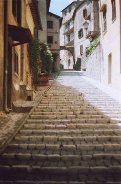travelingcolors:  Casperia Rieti   Italy (by Sarah Longworth)