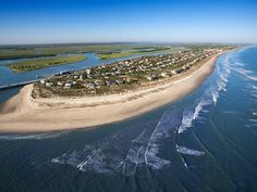 Explore the Area: Further northeast -- about 40 miles from Kiawah -- Isle of Palms boasts a healthy mix of vacation homeowners and year-round residents. >> http://www.frontdoor.com/buy/kiawah-island-surrounding-sights-and-scenery/pictures/pg674?soc=dhpp