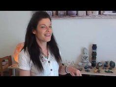 """Lithothérapie: Mes pierres magiques """"effet immédiat sur le physique"""" - YouTube Lapis Lazuli, Physique, Bracelets, Stones, Physicist, Physics, Body Types, Bracelet, Arm Bracelets"""