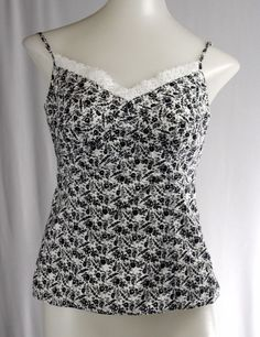 Iaasues ANN TAYLOR 0 Black White Floral Fitted Spaghetti Strap Shell Top Shirt #AnnTaylor #Blouse #Casual