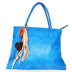 [NUEVO] Bolso Dalia Azul Ref: B00803 Cómpralo en www.dulceencanto.com    #accesorios #accessories #aretes #earrings #collares #necklaces #pulseras #bracelets #bolsos #bags #bisuteria #jewelry #medellin #colombia #moda #fashion
