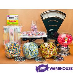 A sour classic—Lemonheads 😄 Sour Gummy Bears, Sour Gummy Worms, Lemonhead Candy, Candy House, Sour Candy, A3, Recipe, Classic, Derby