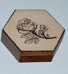 Juriperus   Toczenie w drewnie   Pirografia Egg, Crafts, Printmaking, Wood, Eggs, Manualidades, Egg As Food, Handmade Crafts, Craft