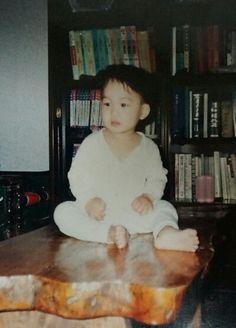 KAI, your best source for photography, media, news, and everything else related to. Exo Kai, Chanyeol, Kyungsoo, Exo Songs, Exo Music, Wattpad, Childhood Photos, Kim Jongin, Kpop Exo