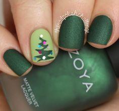 Cute xmas tree nails!