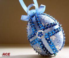 The spirit of Easter is all about Hope, Love and joyful living … Happy Easter! Καλή Ανάσταση - Το άγιο Φως της Ανάστασης, ας φωτίσει τις ψυχές και τις ζωές όλων μας.