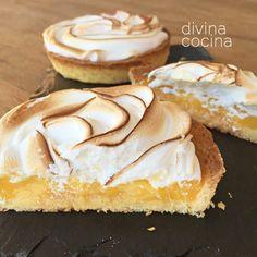 Con estas tartaletas de limón y merengue puedes servir pequeñas porciones de la clásica tarta de forma individual. Delicious Desserts, Dessert Recipes, Sweet Bakery, Sweet Treats, Food And Drink, Sweets, Baking, Relleno, Cheesecakes