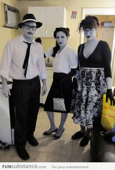 Awesome Halloween Costume: Black & White People