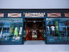 Ted Baker store by FormRoom, Ottowa – Canada » Retail Design Blog