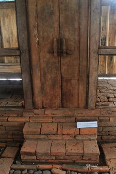 Pintu Rumah Jaman Maahit Bagian Yang Ku Adalah Pegangan Pintunya Mengingatkanku Pada Kampung Halaman