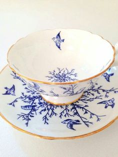 Blue and white china - I love blue and white and this one is, particularly, exquisite.