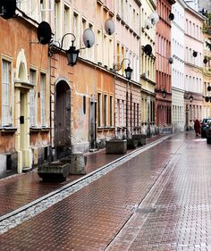 Warsaw, Poland!  Hotel Liquidators liquidates, sells, removes, ships, and installs furniture to make your job easier for you!  Call Hotel Liquidators at (248) 918-4747 or visit our website www.hotelliquidator.net for more information!