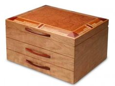 The Mission Style Jewelry Box was handmade by the artist and woodworker Mike Fisher and is a very pr Drawer Inserts, Drawer Fronts, Wooden Jewelry Boxes, Woodworking Techniques, Old Jewelry, Diy Box, Wood Boxes, Jewellery Storage, Designer Collection