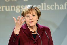 Integration von Flüchtlingen: Merkel lobt Helfer und Kommunen - SPIEGEL ONLINE - Politik