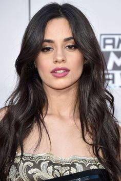 Camila Cabello Goes Undercover In a Curly Blonde Wig - Twist Long Hair Cuts, Long Hair Styles, Short Cuts, Cabelo Ombre Hair, Long Brunette Hair, Blonde Wig, Curly Blonde, Natalie Martinez, Cabello Hair