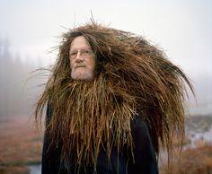 Somos parte de esta tierra: retratos de personas cubiertas de materiales orgánicos (FOTOS)   Ecoosfera