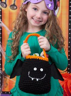 Red Heart® Bat Bag #halloween #craft #crochet #pattern