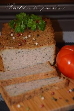 PASZTET Z KURCZAKA Meat Recipes, Meat Meals, Cornbread, Sausage, Food And Drink, Yummy Food, Homemade, Chicken, Ethnic Recipes