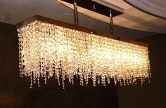 In its beginnings crystal chandelier, has been an economic level, since a good rock crystal lamp has a higher cost than another type of material. Cool Lighting, Chandelier Lighting, Chandeliers, Pendant Lights, Lighting Ideas, Lighting Design, Spot Mural, Rectangular Chandelier, Contemporary Chandelier