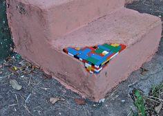 lego-street-art-28
