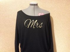 Mrs Shirt Off the shoulder Long Sleeve black and gold by WordTee