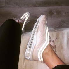 Close-up of the Nike Air Max 97 sneakers in barely rose (pink). Air Max 97 Outfit, Nike Air Max, Shoes 2018, Shoes Sneakers, Shoes Heels, Nike Trainers, Hype Shoes, Pink Nikes, Baskets