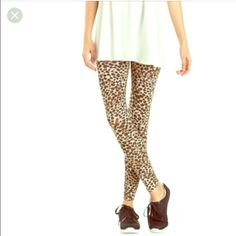 HP 6/10Charlotte Russe Leopard Print Leggings Gently used,in good condition.Bundle with floral print leggings for discount! Charlotte Russe Pants Leggings