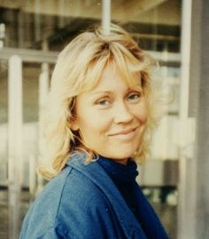 "This photo was taken by a Fan of Agnetha in 1984, a year before the album ""Eyes Of A Woman"" (a woman's eyes)."
