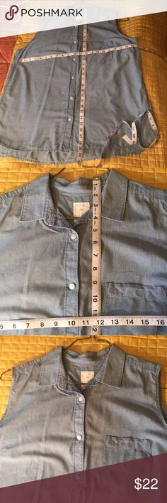 Gap 100% cotton chambray sleeveless blouse szXL Very lightweight and soft and drapey chambray material GAP Tops Blouses